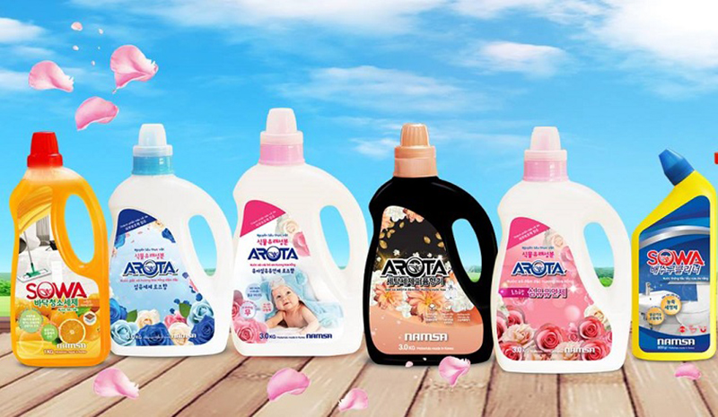 Nước giặt xả Arota