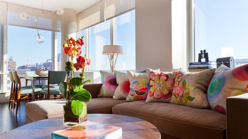 Trang trí phòng khách ngày Tết với cây cảnh