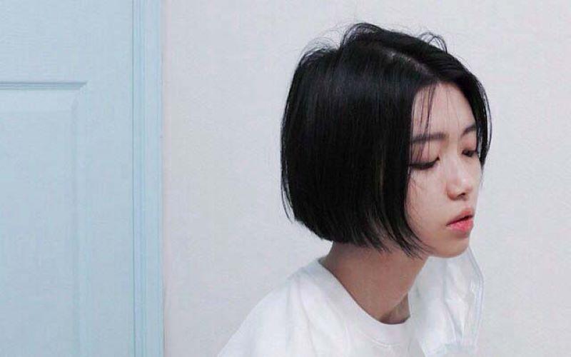 Tóc ngắn đen mái dài