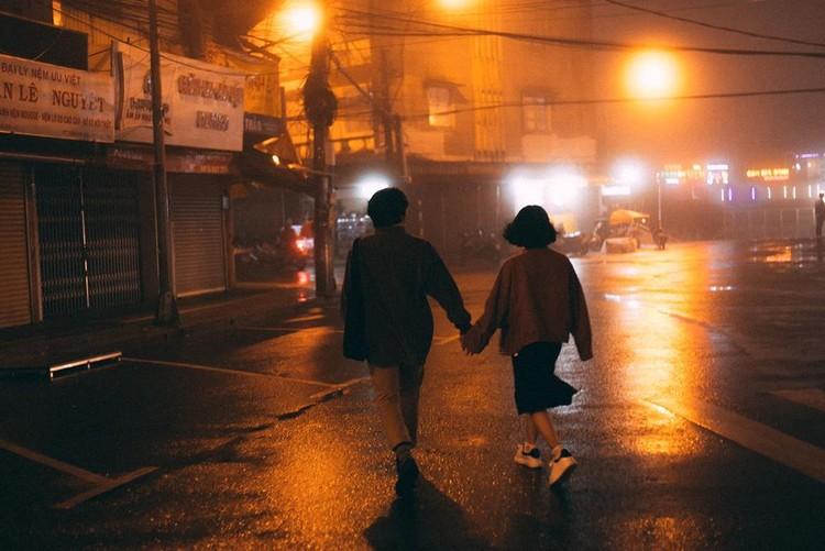 Cùng nhau dạo phố