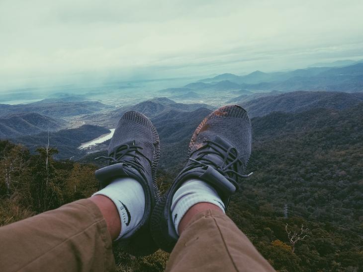 Giày dép thích hợp