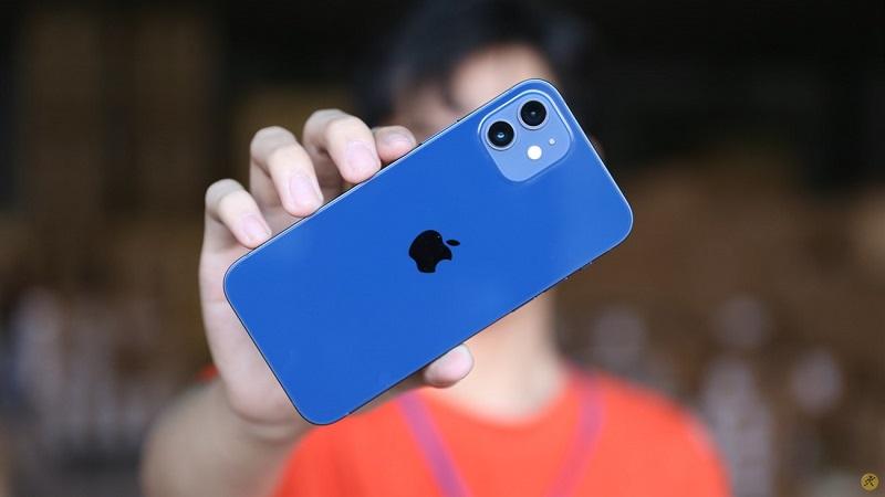 Không phải iPhone 13, smartphone tiếp theo của Apple sẽ là iPhone 12s: Tai thỏ nhỏ hơn, camera góc siêu rộng,…