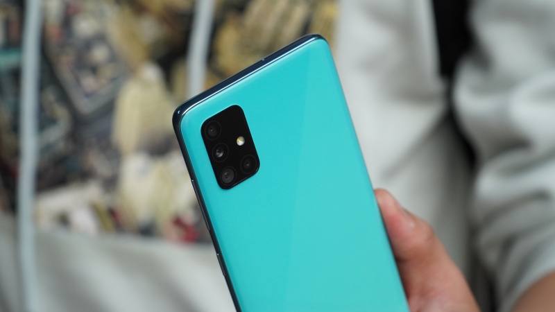 Samsung Galaxy A52 5G có thiết kế camera sau tương tự Galaxy A51