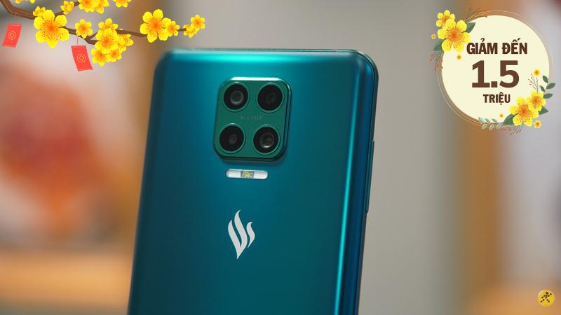 Loạt smartphone Vsmart sở hữu 4 camera xịn sò đang giảm giá khủng lên tới 1.5 triệu