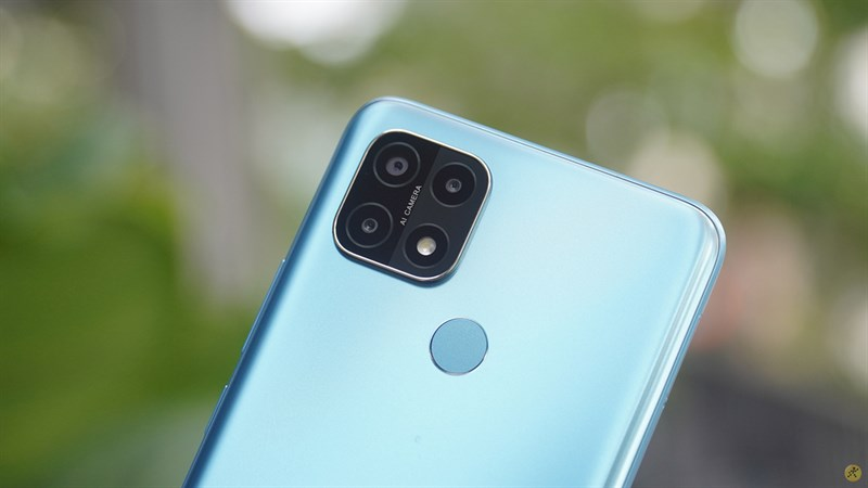 Cluster of 3 cameras of OPPO A15s