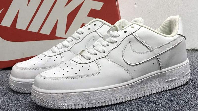 Giày thể thao nữ Nike Air Force 1 màu trắng