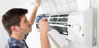Cách sử dụng dung dịch vệ sinh máy lạnh đúng cách và hiệu quả tại nhà