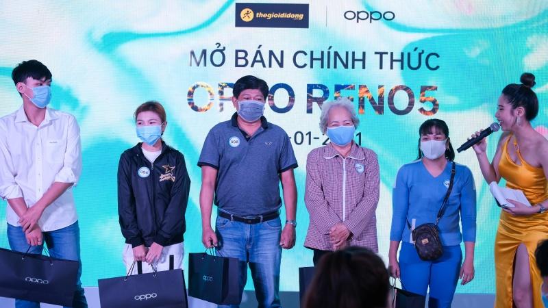 Tháng 1/2021: Ấn tượng với doanh số hơn 70.000 máy, OPPO Reno5 trở thành chiếc smartphone bán chạy nhất Việt Nam