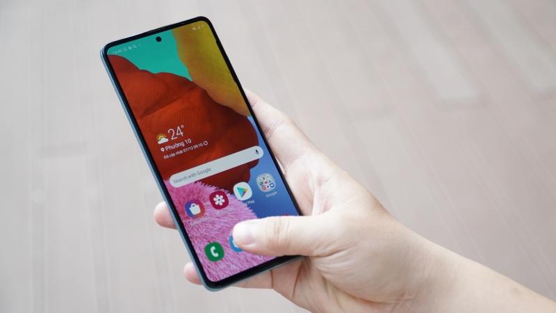Samsung Galaxy A51 bắt đầu được cập nhật Android 11 với giao diện One UI 3.0, có bạn nào đã lên đời chưa?