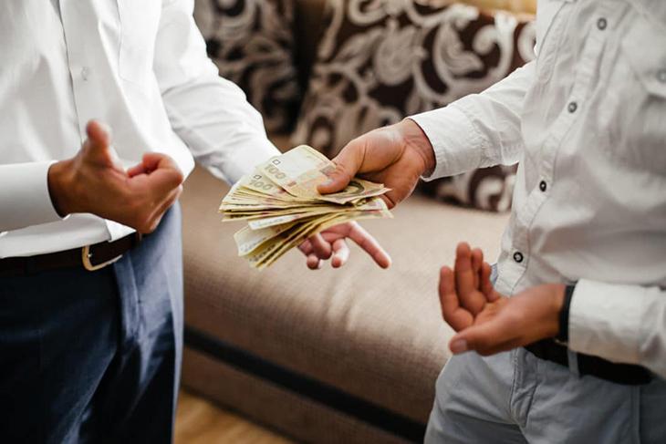 câu nói hay giữa đồng tiền và tình bạn