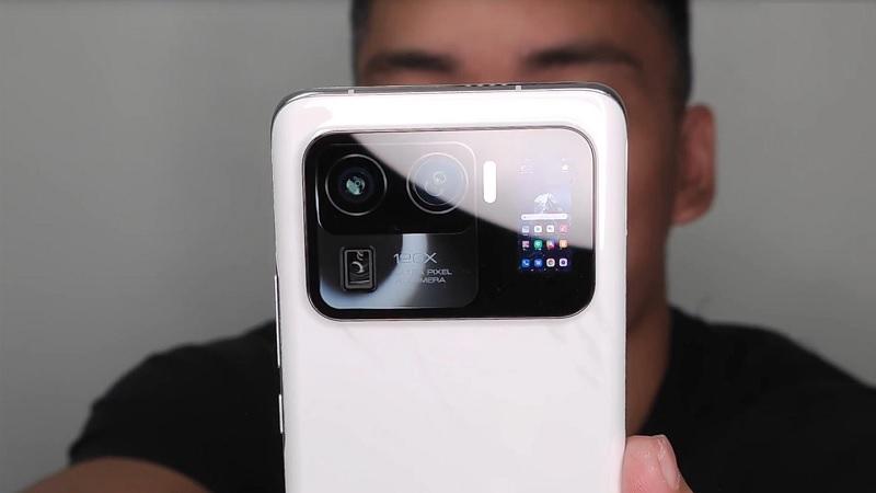 Mi 11 Ultra xuất hiện cực ngầu với cụm camera có thể zoom 120X