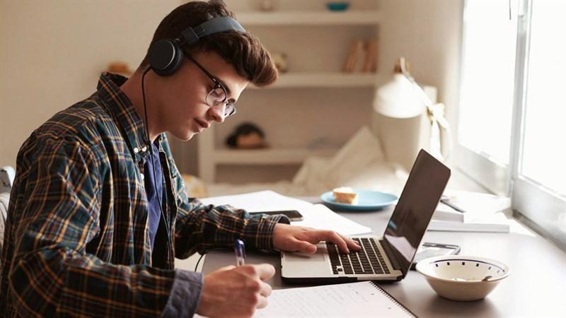 7 mẹo nhỏ này có thể bảo vệ được bạn khi học trực tuyến
