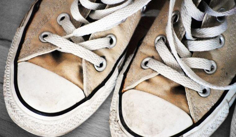 5 bước làm sạch giày Converse như mới