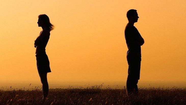 Những status hay vềhôn nhân tan vỡ