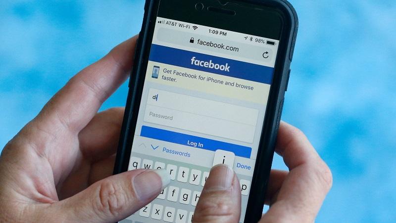 Cảnh báo hình thức làm mất tài khoản Facebook hoàn toàn mới: Gửi bức ảnh trắng xóa, nick Facebook 'bay màu'