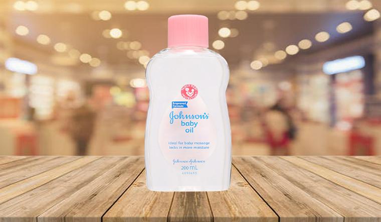 Vì sao nên dùng dầu massage Johnson's cho bé? Cách dùng dầu massage Johnson's đúng
