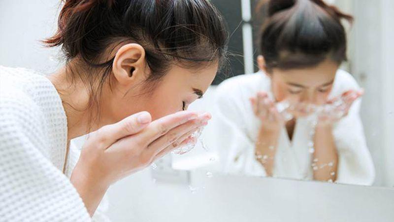 Sữa rửa mặt có độ pH thấp là thế nào?