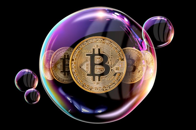 Investors need to be wary of the Bitcoin bubble.