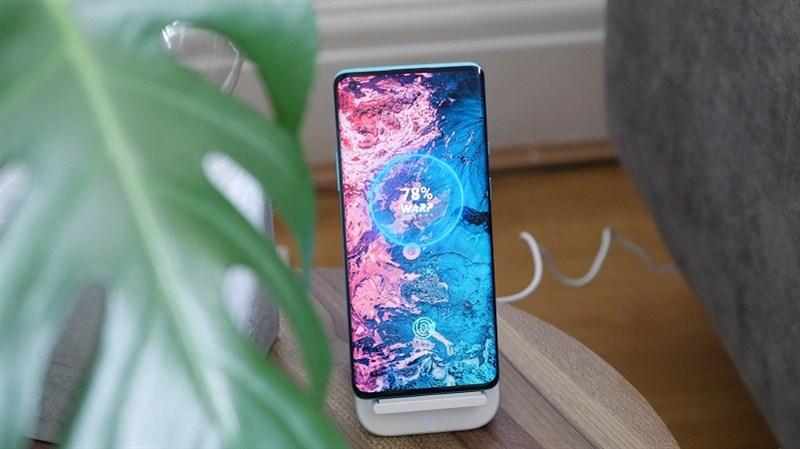 Rò rỉ thông số kỹ thuật, giao diện chụp ảnh mới của OnePlus 9 Pro: Màn hình AMOLED 120Hz, chip Snapdragon 888, RAM 8GB