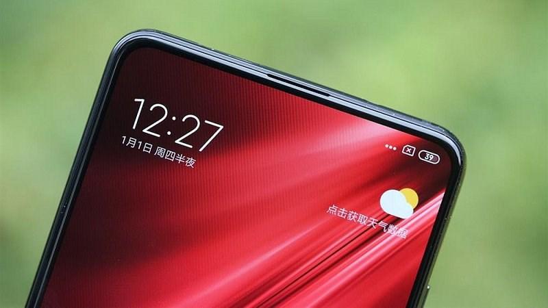 Camera selfie ẩn dưới màn hình có là xu thế trong năm 2021 khi các 'ông lớn' đã và sẽ áp dụng vào các smartphone của mình?