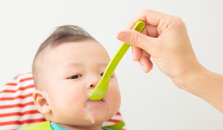 Mách mẹ thực đơn cho bé 1 tuổi, chậm tăng cân cách mấy đều áp dụng được