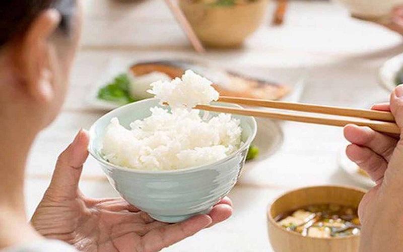 Nguyên tắc ăn tăng cân cho người đau dạ dày