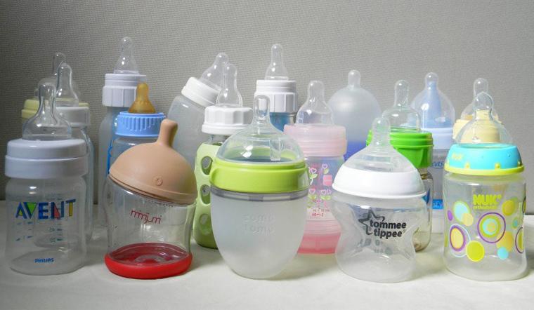 Cách vệ sinh bình sữa mới mua đúng cách an toàn cho bé