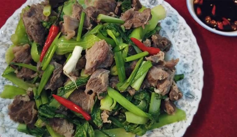 Vừa ngon vừa bổ với món bò xào cải thìa ăn hoài không ngán