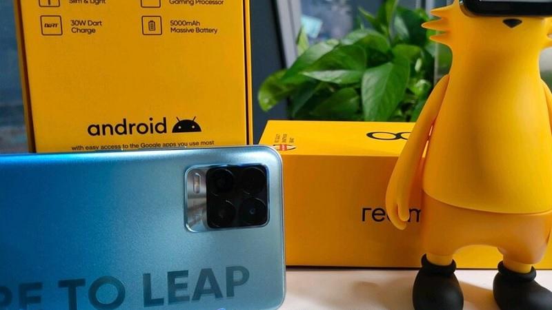 Realme 8 lộ ảnh thực tế kèm hộp đựng