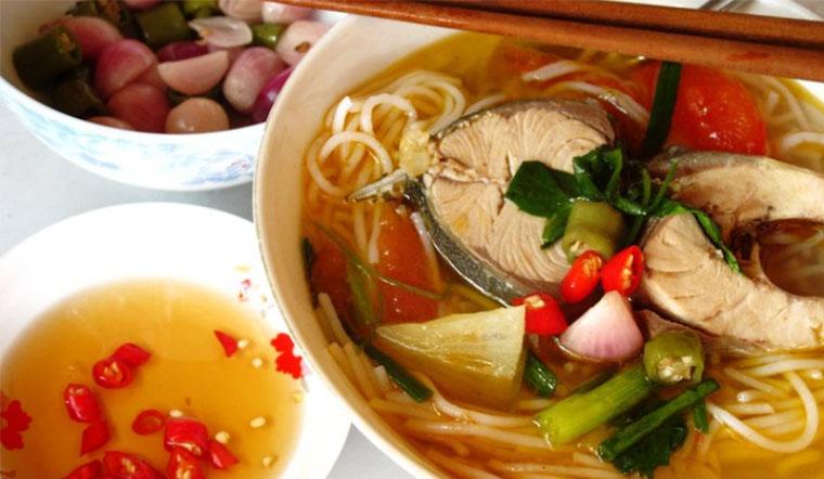 Cách nấu bún cá thu thơm ngon chuẩn vị Đà Nẵng