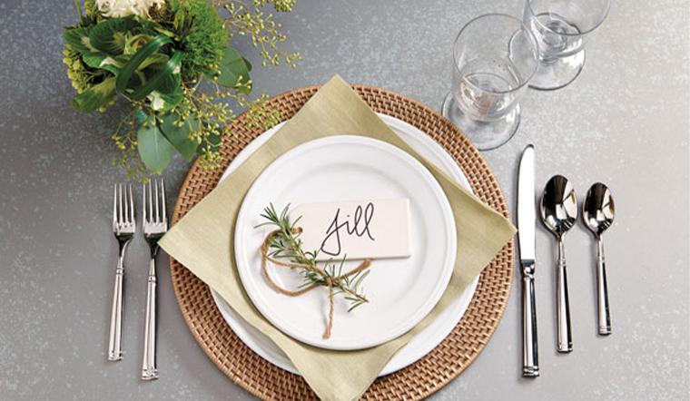 Cách sắp xếp muỗng nĩa trên bàn ăn đúng chuẩn