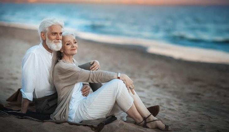 Status hay khi nhập được quà từ người yêu, vợ/chồng