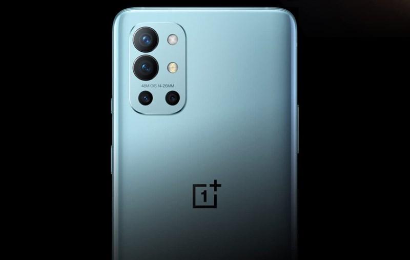 Cụm 4 camera trên OnePlus 9R.