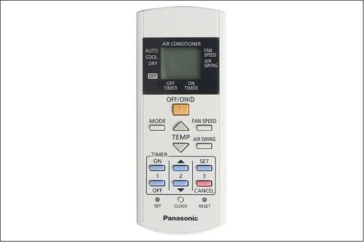 Bảng nút điều khiển của máy lạnh Panasonic