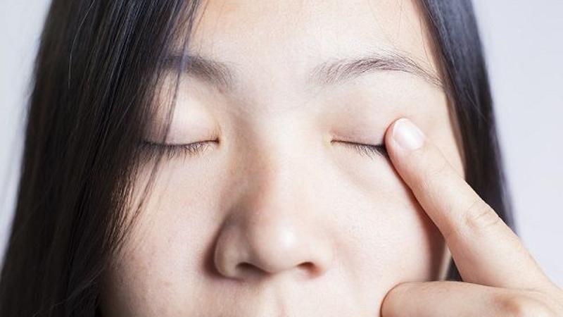 Quan niệm mắt trái giật thì hên, còn mắt phải thì xui là như thế nào?