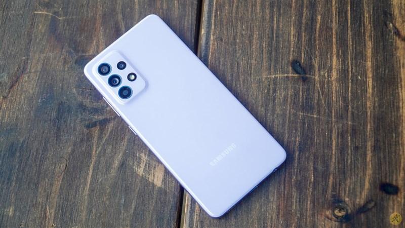 Thiết kế của Samsung Galaxy A52 sang trọng nhưng không kém phần trẻ trung
