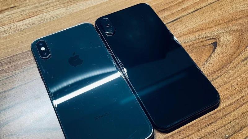 Iphone X Jet Black ro ri anh