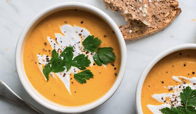 Cách nấu súp bí đỏ nước cốt dừa món chay thanh đạm cực kì bổ dưỡng