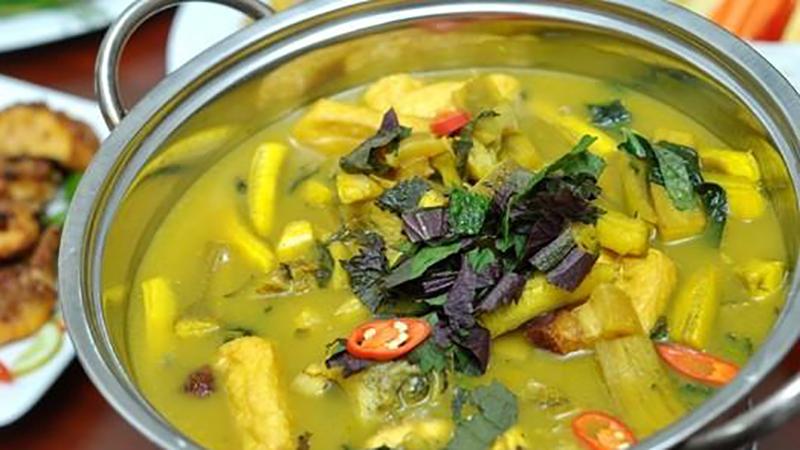 Món canh chuối xanh nấu đậu thịt