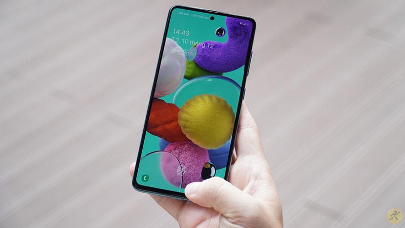 Samsung tung bản cập nhật One UI 3.1 cho Galaxy A51: Thêm hiệu ứng khi gọi video, hạn chế mỏi mắt cho người dùng…