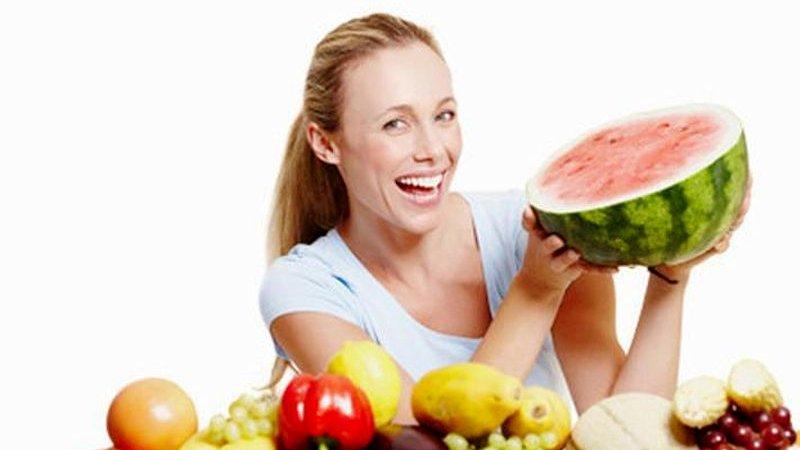 Những thời điểm không nên ăn trái cây