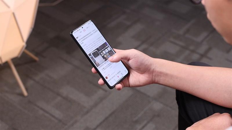 Realme GT Neo có màn hình siêu đẹp, tần số quét cao