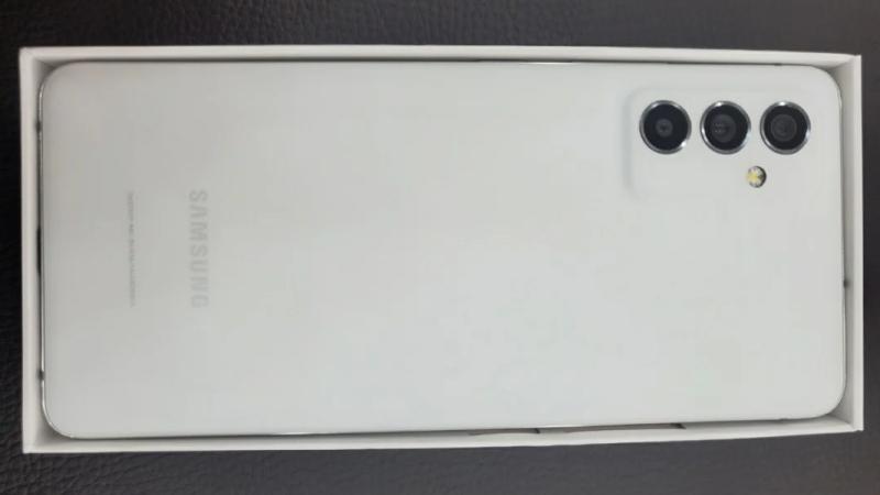 Galaxy Quantum2 lộ cấu hình hàng đầu và thông tin khuyến mãi trước ngày ra mắt: Snapdragon 855 Plus, camera chính 64MP hỗ trợ OIS