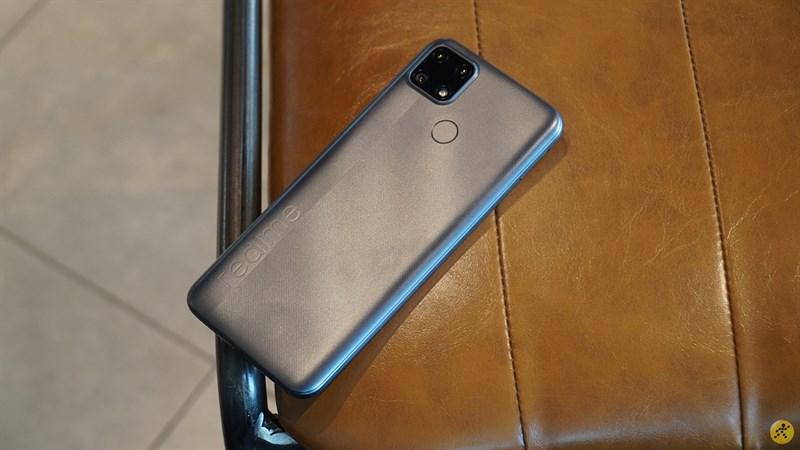 Realme C25 với dung lượng 6.000 mAh vô cùng ấn tượng