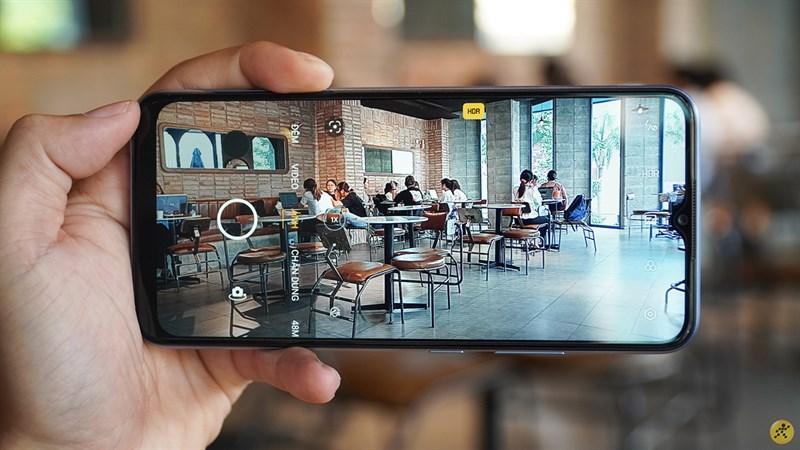 Với viên pin 6.000 mAh Realme C25 có cho trải nghiệm thực sự tốt
