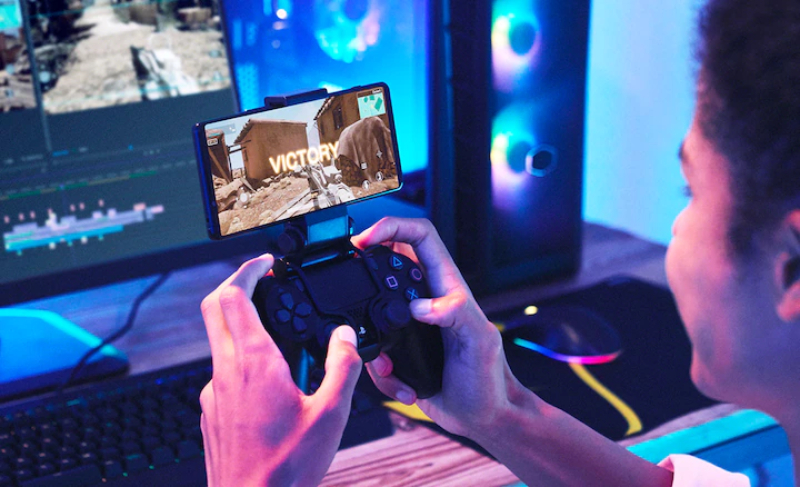 Sony offers mobile gamers a lot of great technology