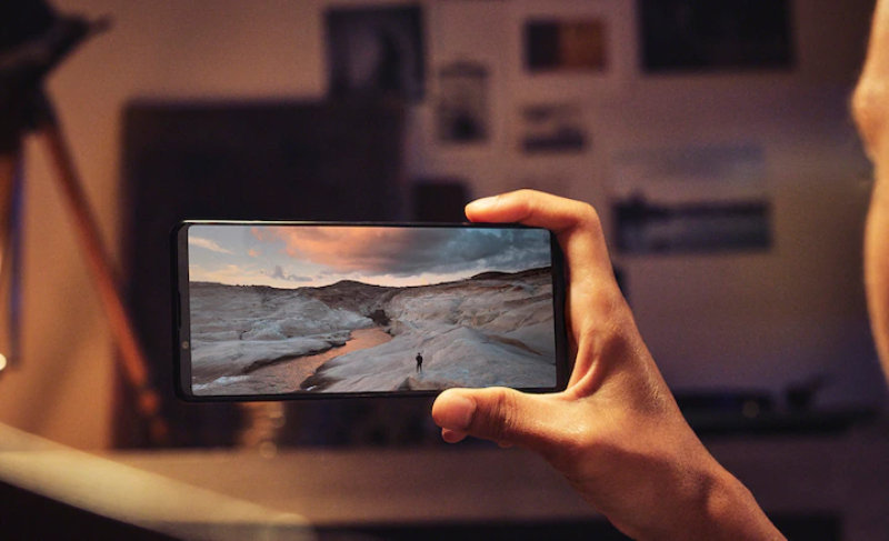 Front of Sony Xperia 1 Mark III with 6.5 inch screen
