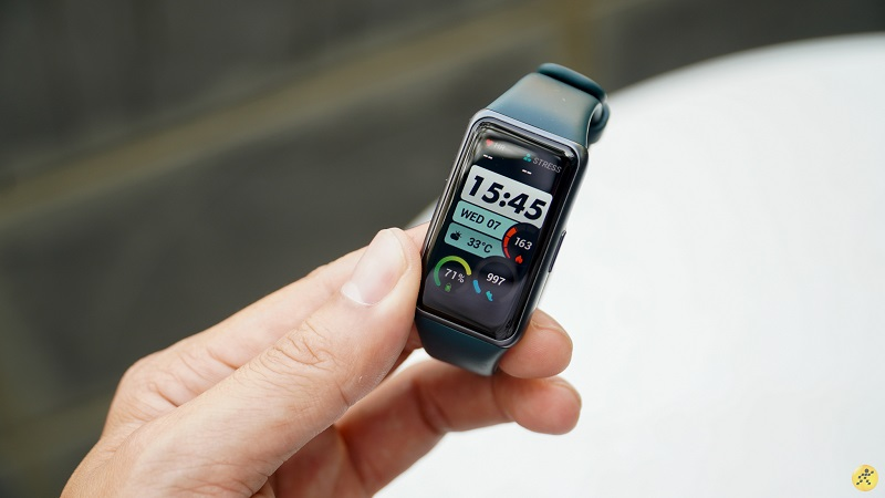 Huawei Band 6 sở hữu nhiều chế độ giúp bạn vận động, luyện tập