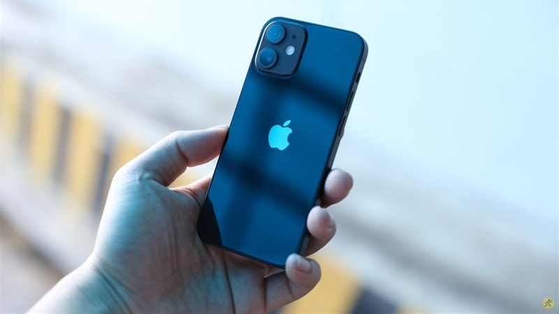 iPhone mini 5.4 inch sẽ không ra mắt trong năm tới, iPhone 2022 sẽ có một sự nâng cấp vượt bậc về camera