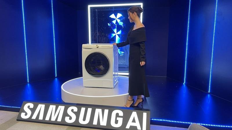 Samsung ra mắt máy giặt AI cực 'xịn sò': Tự động cân chỉnh nước giặt